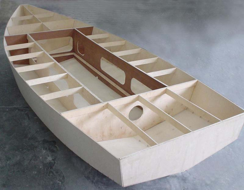 How to Build a Plywood Boat (3)
